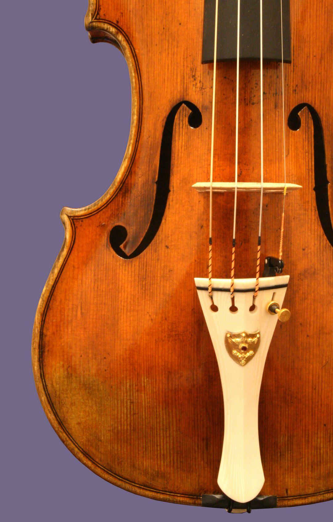 G.J.Yakoub 2014, Violin (LUDOVICO II di Baviera)